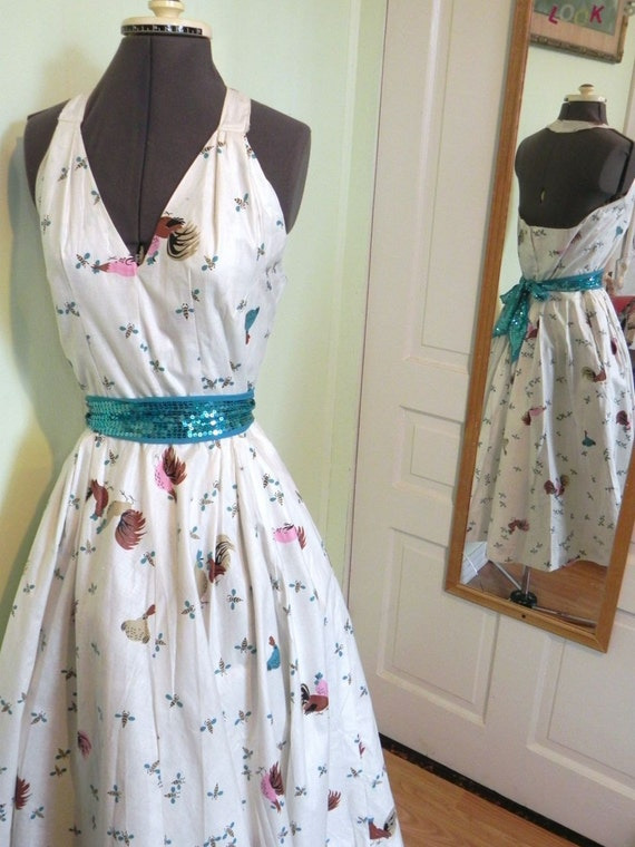 and M novelty Honey Vintage 50s Halter with Rooster Rockabilly Print Bee Dress 1950s Dress Pinup Sun FxaqYZ