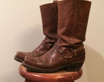 vintage, size 8.5 woman's frye boots, brown, frye harness boots
