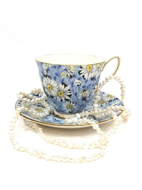 Shelley Tea Cup & Saucer, Blue Daisy Chintz, York Shape Cup, Gilded Rims, 1940s English Bone China, Vintage Teacup