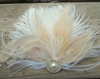 Ivory bridal fascinator, wedding hair clips, feather fascinator, wedding hairpiece, bridal hair comb, ivory hair comb, ivory hair accessory