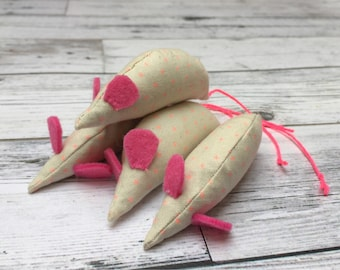 Pink Minimalist Catnip Mice Toy for Cats and Kittens