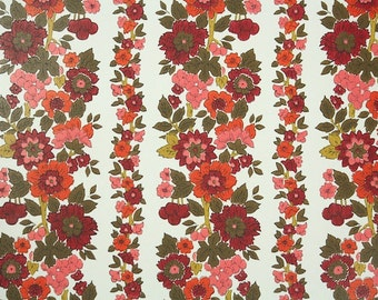 Retro Wallpaper by the Yard 70s Vintage Wallpaper - 1970s Red Floral Stripe on White