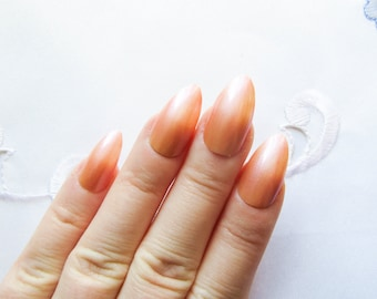 Summer Peach Fake Nails / Stiletto Nails / Press on Nails / False Nails / Almond Nails / Peach / Nails