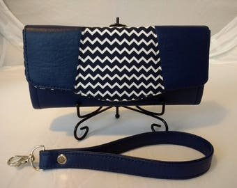 Navy Pleather Purse. Made using the Necessary Clutch Wallet pattern.