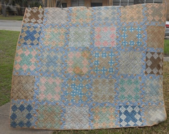 Antique Patchwork Quilt Nine Patch Feed Sack Flour Sack Hand Pieced Hand Quilted Farmhouse Cottage Decor Country Living Scrap Quilt Bedding