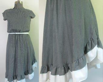 Ruffled Asymmetrical Hem Dress // Vintage Black and White Summer Cotton Daydress
