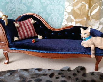 Sofa in miniature scale 1/12 for dollhouses with cat
