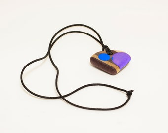 Multicolor Glow Wooden necklace
