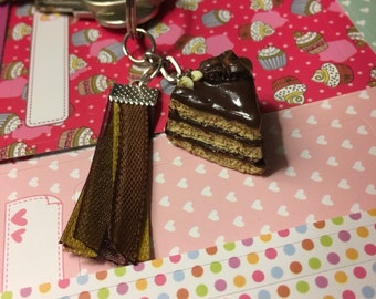 Key ring chocolate cake