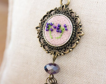 Braille necklace - LOVE - embroidered dandelion, floral, Victorian vintage style n034