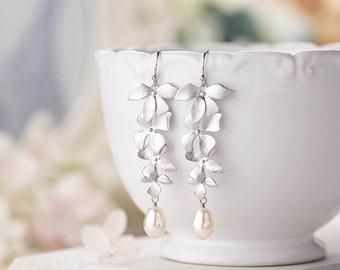 Bridal Earrings,  Silver Orchid Flowers Cream Teardrop Pearls Earrings, Silver Wedding Earrings, Bridal Pearl Earrings, Bridesmaid Earrings