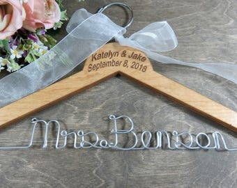 Engraved Wire Name Hanger - Custom Name Hangers - Bride Coat Hangers - Wedding Dress Hangers - Personalized Hangers - Bridal Wire Hangers