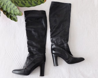 1970s Vintage black leather knee high high heel boots - Size UK 4 EU 36 - Summer Boho Bohemian Festival Seventies Glam Goth