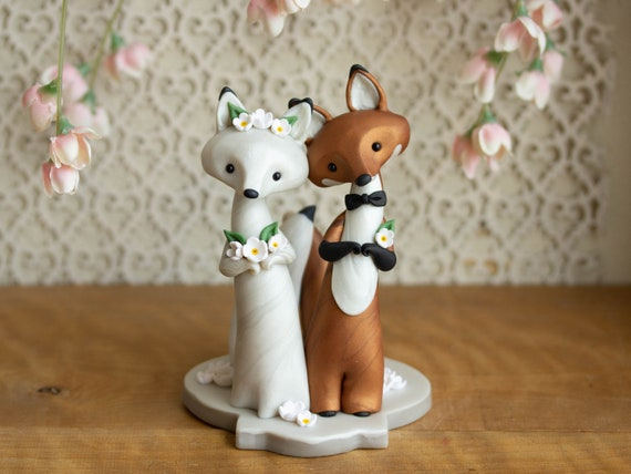 Fox Wedding Cake Topper - Red Fox and Arctic Fox