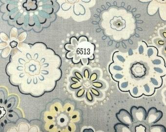 FABRIC : Flower Printed  100% Cotton Light Weight Fabric 05