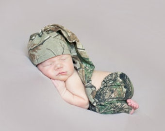 Real Tree Newborn Camo Hat and Pants Set hunting little Hunter Newborn Photo Prop
