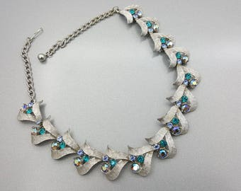 Art Signed Choker Necklace Blues and Silvers Art Deco Wedding
