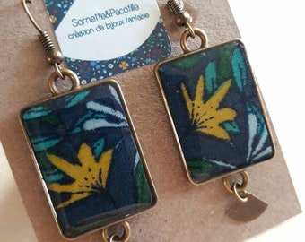 Rectangular earrings fabric tropical foliage. Cabochon 15x28mm/resin/edition limited bronze finish