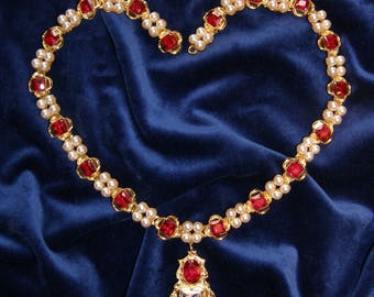 Jane Seymour Necklace with Ruby and Pearl.