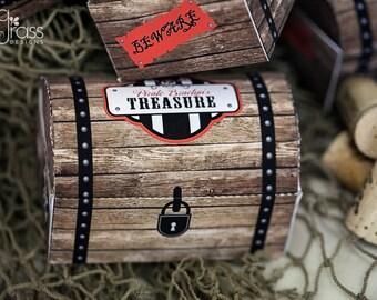 DIY printable pirate treasure chest favor box - Pirate