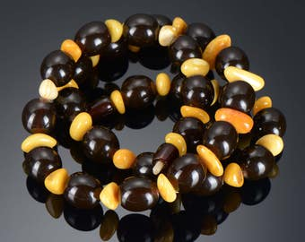 Amazing Vintage rare Russian Amber necklace CHERRY AMBER Round Bead -27 beads. Bakelite Cherry necklace. Bakelite cherry amber. Collectables
