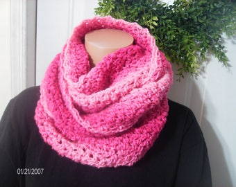 Crochet Super Long Scarf in Pink Shades