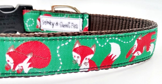 Playful Foxes - Dog Collar / Handmade / Adjustable / Pet Accessories