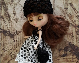 3 piece black and white clothingset for a petite blythe