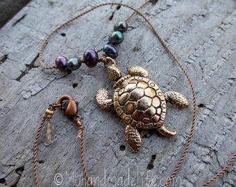 Honu Sea Turtle Necklace    Turtle Spirit Animal   Minimalist Jewelry   Earthy   Organic   Turtle Lover Jewelry   Turtle Necklace Under 20
