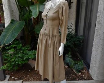 Vintage 1980's Gunne Sax Khaki Colored Dress - Size 3