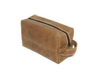 Mens Toiletry Bag, Dopp kit, Leather Shaving Kit, Leather Toiletry Bag, Groomsmen Gifts, Travel case, Shave Bag