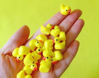 24 chick or 12 Pcs/resin yellow duck/miniatures/lovely animals/fairy garden gnome/moss terrarium decor/crafts/bonsai/ DIY