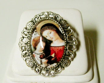 Madonna and child convertible brooch/pendant and chain - AP35-024