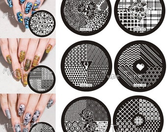 12pcs Nail Stamping Plates 4 Quarters Check Lattice Flowers Leopard Ethnic Image Small Size Round Stamp Templates Checkered