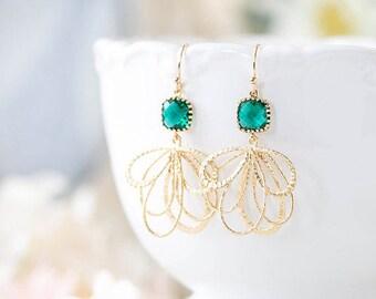 Emerald Green Earrings Gold Dangle Earrings Emerald Wedding Earrings Bridesmaid Earrings Bridal Jewelry May Birthstone