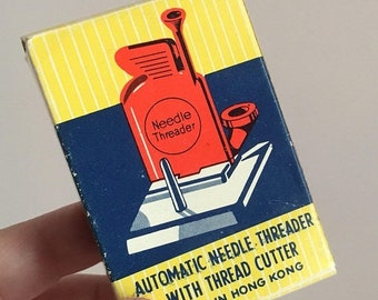 Spring Rare Mid Century Vintage Automatic Needle Threader with Thread Cutter Vintage Sewing Tool in Original Box