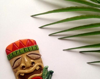 Hawaiian Tiki Mask Brooch pin, Pin Up, Vintage style, Tropical, Luau