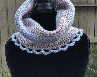 Infinity cowl scarf, Blue gray crochet circle scarf, Neck warmer, Womens boho scarf Handmade gift, Chunky cowl Crochet scarf, Crocheted cowl