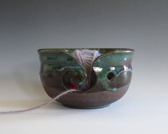 Yarn Bowl, knitting bowl, pottery yarn bowl, pottery knitting bowl, handmade ceramic yarn bowl, READY to Ship