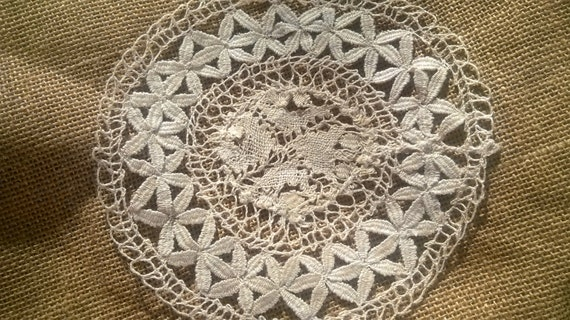 Small Hemp Doily Off White Round Shape Sewing Assemblage #SophieLadyDeParis