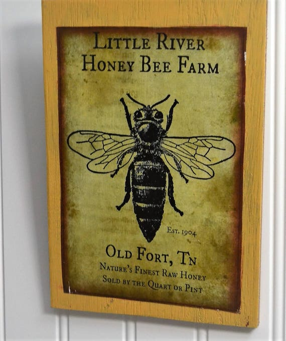 Honey bee wall décor Rustic honey bee wall sign Wooden