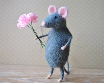 Birthday gift for her Gray mouse Needle felt mouse  Wool mouse  Felted animal Felt miniature