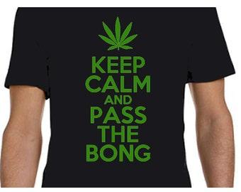 Keep Calm Pass Bong Gildan Tee Keep Calm Pothead's T-shirt - 100% Cotton Gildan Soft Style 4.5 oz Teeshirt
