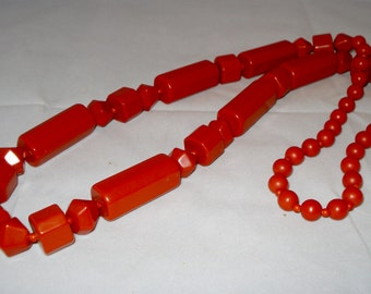 Orange retro geometric necklace