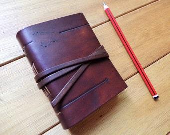 Cuaderno de cuero. Diario de la piel. Libro de cuero A7. Cuaderno de bocetos. Libro en blanco. Marrón oscuro de cuero. 4, 3 x 3, 3 pulgadas (11 x 8 cm).