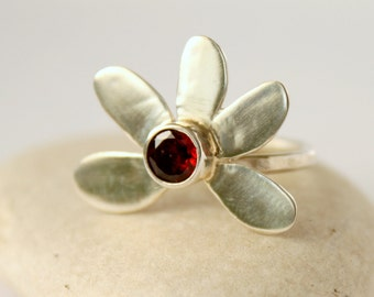 January Birthstone Deep Red Garnet Flower Ring Daisy Fortune Ring Floral Ring