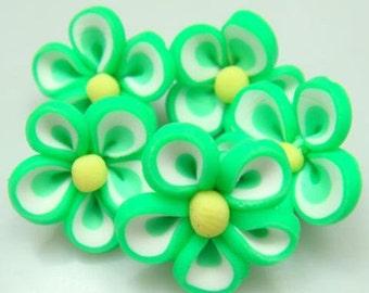 5 Piece Handmade Green Clay Flower Bead Cabochons - Kawaii Decoden Flatback (TDK-C1414)