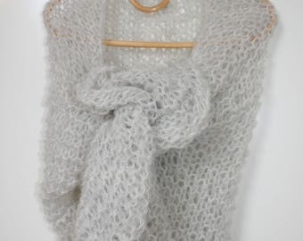 Shawl in Alpaca and wool, airy and fluffy, hand knitted, gift idea, mother's day, Mothers' Day