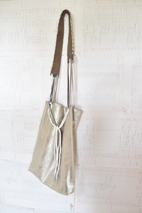 Byloom and Hyde. White Gold Shimmer Leather Tote.