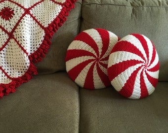 """Peppermint Pillows, 16"""", round (set of 2)"""
